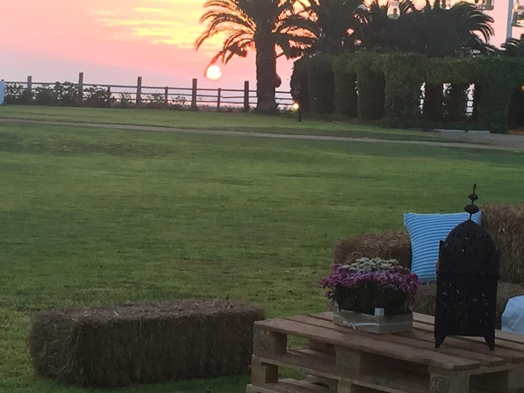 Puesta de sol bahía de Cádiz - Boda Ana & Pablo en Dehesa Bolaños