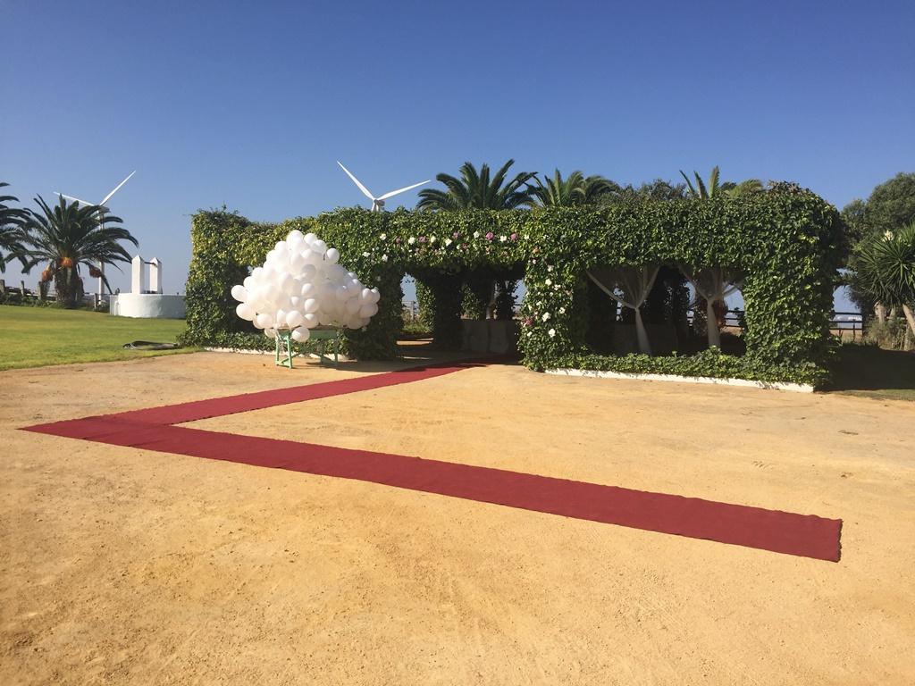 Entrada ceremonia civil - Boda Mamen & Carlos en Dehesa Bolaños