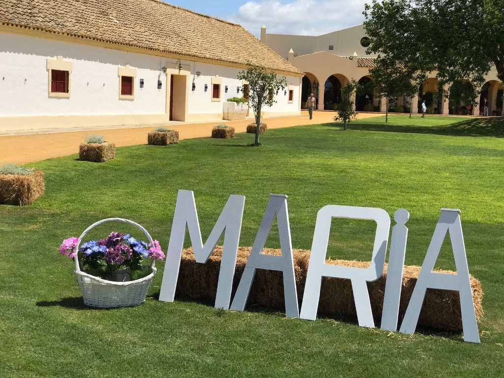 Letras gigantes - Comunión María en Dehesa Bolaños
