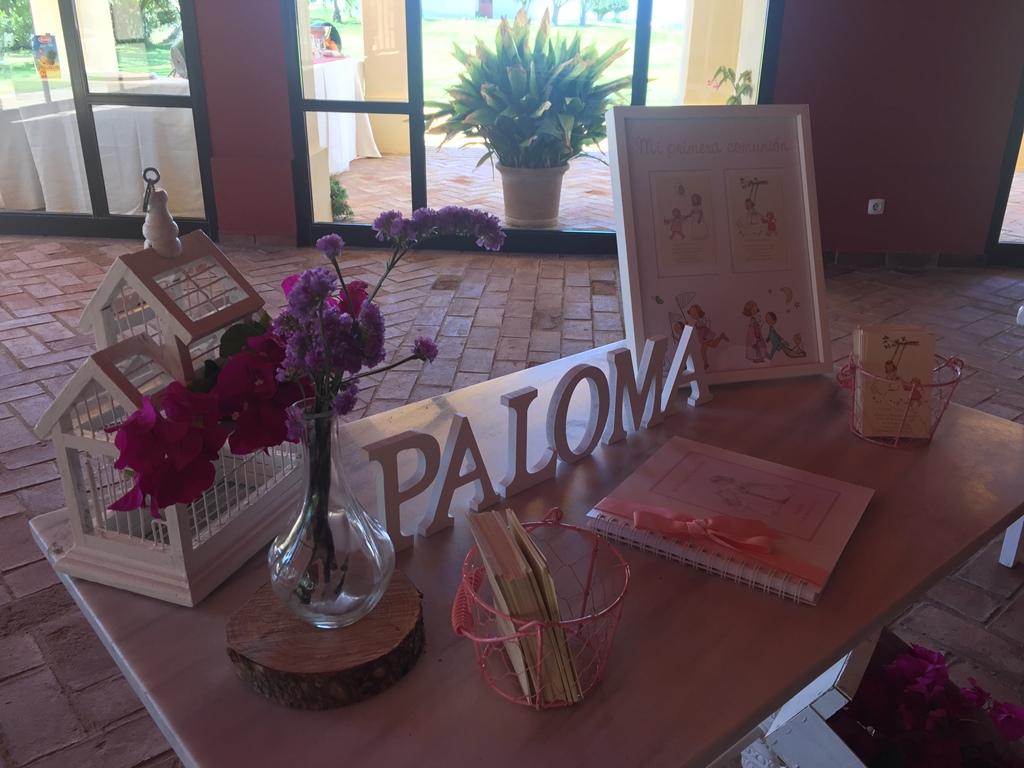 Mesa de firmas - Comunión Paloma en Dehesa Bolaños